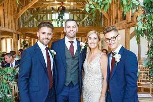 TERNO COMPLETO como Tendência para Casamento em 2019